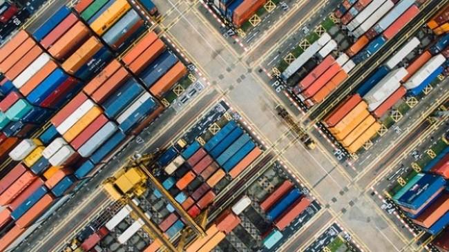 ABD'nin ek gümrük vergisine Çin'den sert tepki