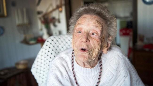 Dünyanın en yaşlı radyo sunucusu hayatını kaybetti