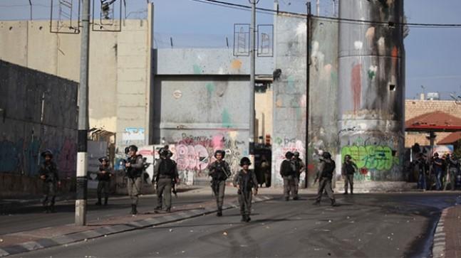 İsrail ordusu Nablus'un giriş kapılarını kapattı